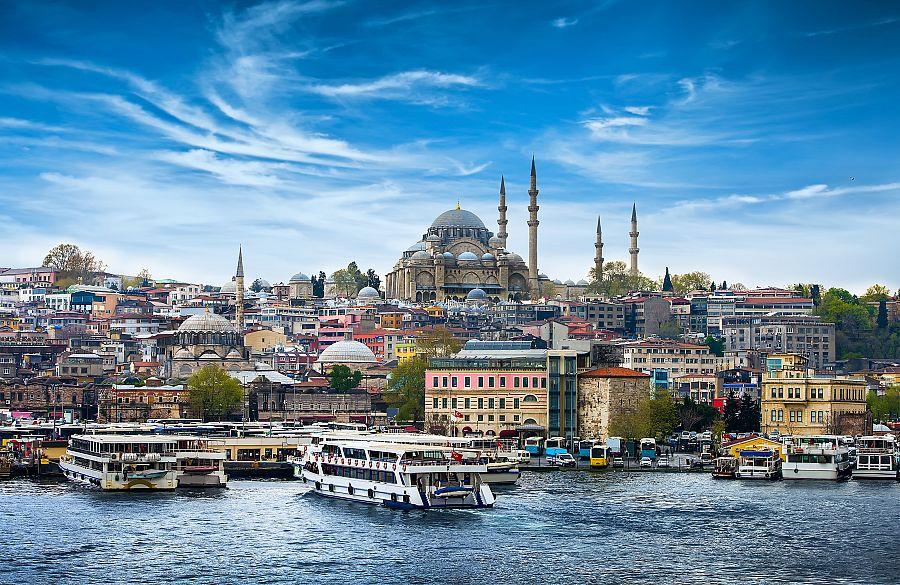 Istanbul_plavba_po_Bosporu.jpg
