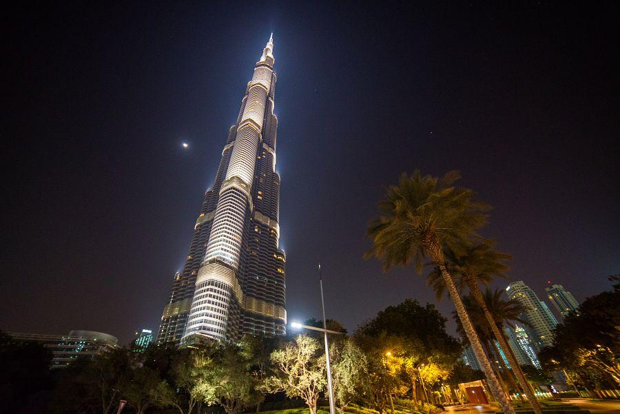 Dubaj_nocni_Burj_Khalifa_Radynacestu_foto_Pavel_Spurek.jpg