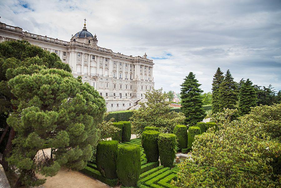 Madrid_Kralovsky_palac_1.jpg
