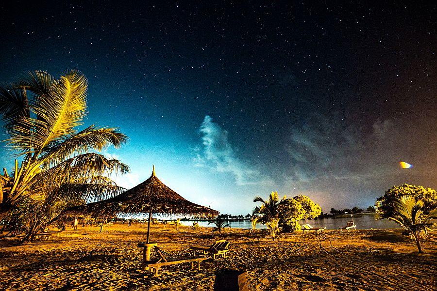 Radynacestu_Maledivy_nocni_obloha_foto_Pavel_Spurek.jpg