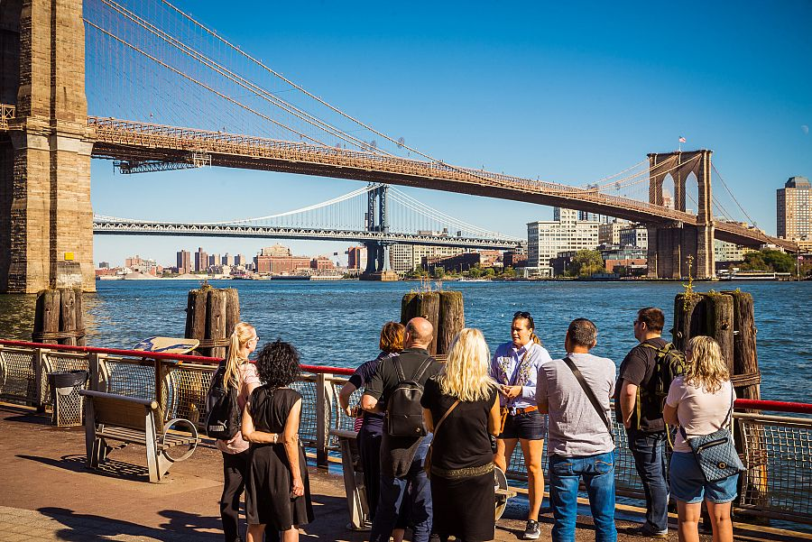 New_York_Brooklynsky_most_pruvodkyne_klienti_1_Radynacestu_foto_Pave_Spurek.jpg