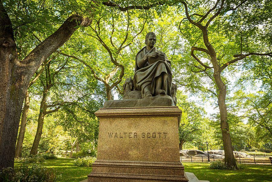 New_York_Central_park_socha_Waltera_Scotta_Radynacestu_foto_Pavel_Spurek.jpg