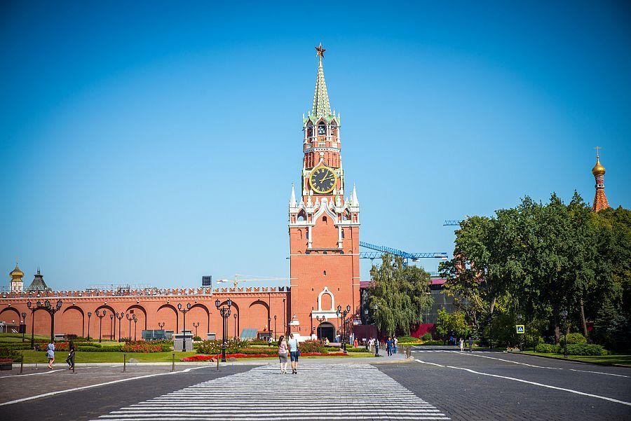 Kreml_Spasitelova_vez_Moskva_Spurek.jpg