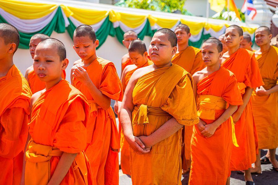 Thajsko_Bangkok_Wat_Pho_mnisi_Radynacestu_foto_Pavel_Spurek.jpg