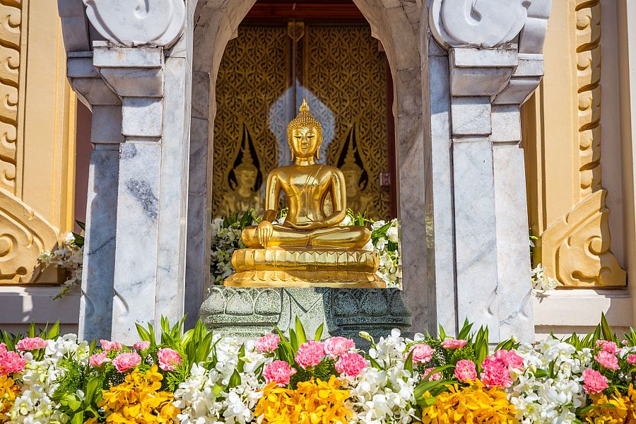 Thajsko_Bangkok_Wat_Traimit_4_Radynacestu_foto_Pavel_Spurek.jpg