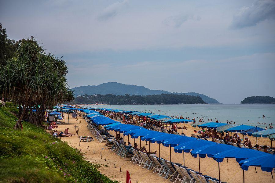 Thajsko_Phuket_Karon_Beach_2_Radynacestu_foto_Pavel_Spurek.jpg